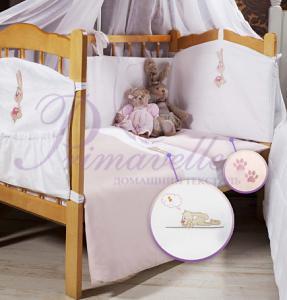 белый с розовой вышивкой