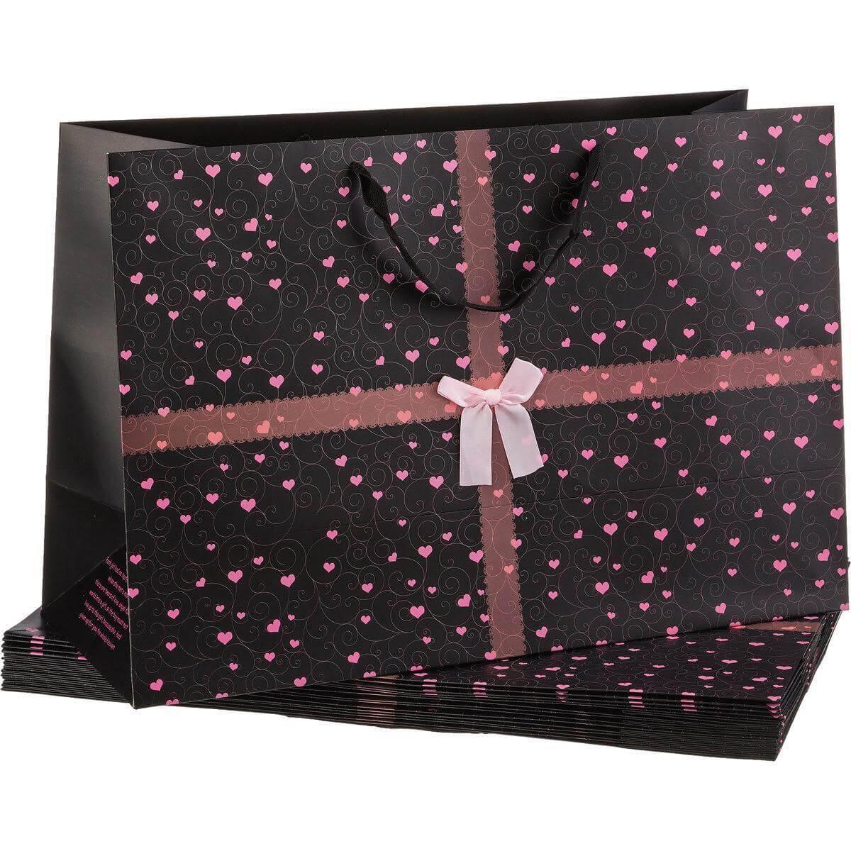 Широкий подарочный пакет Черный с розовыми сердечками - Detskoye-Postelnoe.Ru