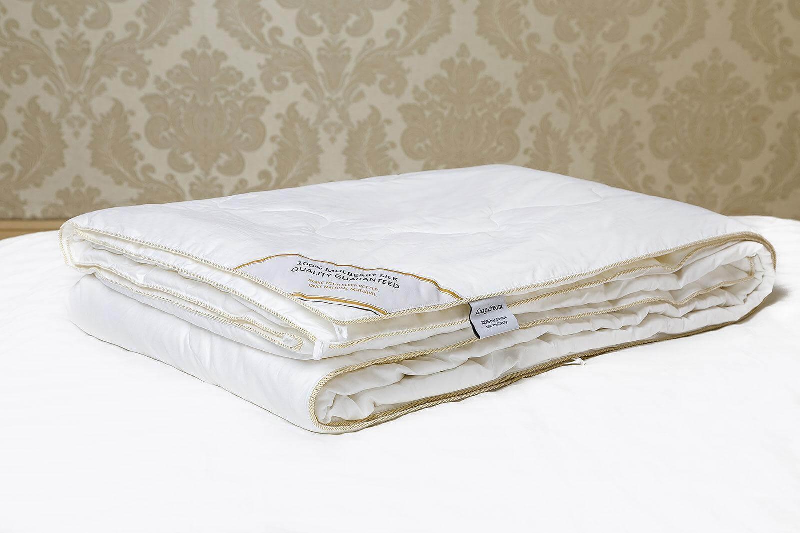 Шелковое одеяло Luxe Dream Premium Silk, всесезонное - Петербург