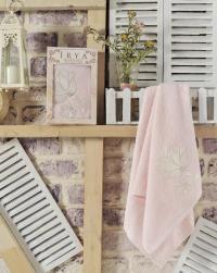 Полотенце Irya Senses 50х90 см с гипюром, розовое