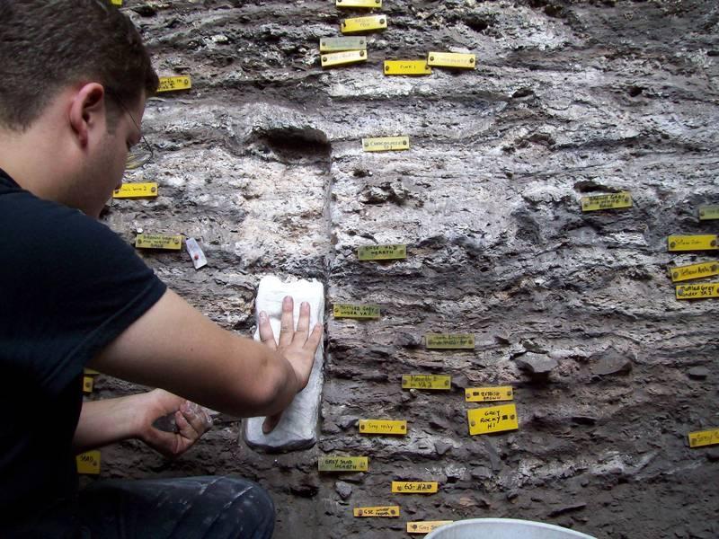 Раскопки самого древнего матраса