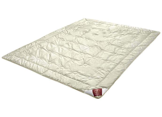 Одеяло Brinkhaus Mahdi, легкое