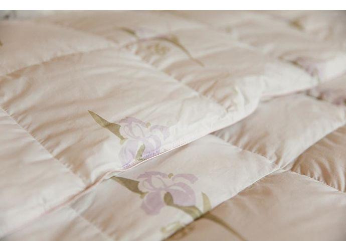 Пуховое одеяло Natures Царственный ирис, всесезонное