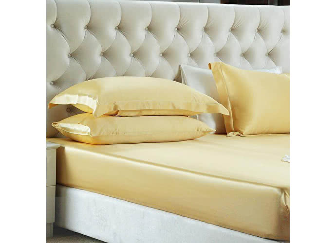 180х200 см Простыня на резинке Luxe Dream золотой