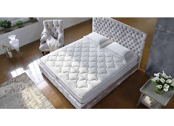 ������ Sleepeesleep Savoy High