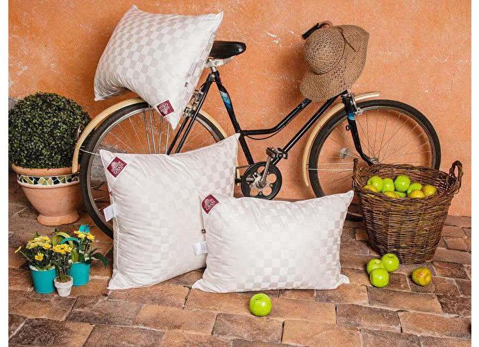 Пуховая подушка GG 3D Tencel Grass 70, арт. 32122