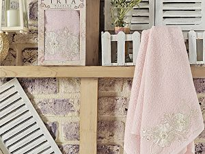 Полотенце Irya Fleur 50х90 см с гипюром, розовое