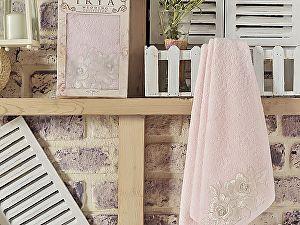 Полотенце Irya Romantic 50х90 см с гипюром, розовое