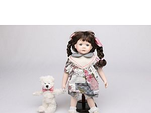 Интерьерная кукла Девочка с мишкой C21-148611