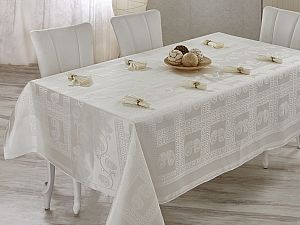 Скатерть Verolli Royal 160х220 см, с салфетками, кремовая