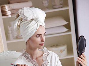Халат Tivolyo Bamboo S-M с полотенцем 50х100 см, кремовый