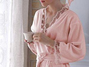 Халат Tivolyo Bianca S-M с полотенцем 50х100 см, розовый