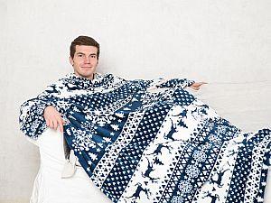 Плед Sleepy New Year с рукавами и поясом, бело-синий с оленями