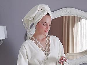 Купить халат Tivolyo Bianca S-M с полотенцем 50х100 см, белый