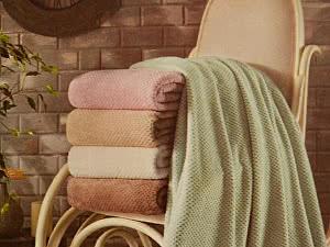 Плед Tivolyo Nappa Soft с бахромой, зеленый