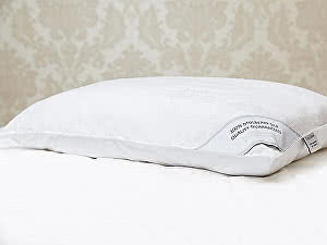 Шелковая подушка Luxe Dream Premium Silk (1300 г) в съемном чехле